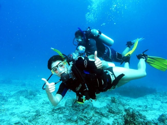 scuba diving tour dubai